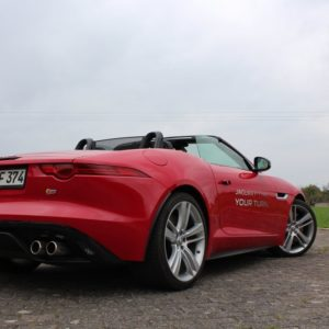 2013-05-03-Jaguar-F-Type-22