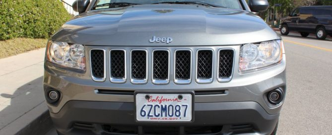 2013-03 / Mietwagen Jeep Compass / Frontansicht