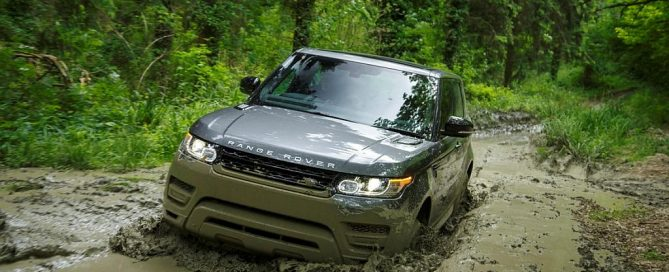 Range Rover Sport - Corris Grey - V8 Supercharged / (c) Land Rover